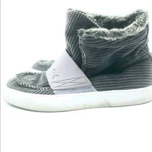 Puma Faux Fur Lined, Ankle Booties, Size 9, EUC